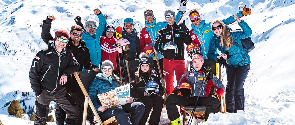 02.04.2018, Skizentrum Hochzillertal, Kaltenbach, AUT, JumpandReach Skitag, im Bild  // during the Skiing Day after the Winterseason with the Austrian JumpandReach Athletes at the Skiresort Hochzillertal, Austria on 2018/04/02. EXPA Pictures © 2018, PhotoCredit: EXPA/ JFK